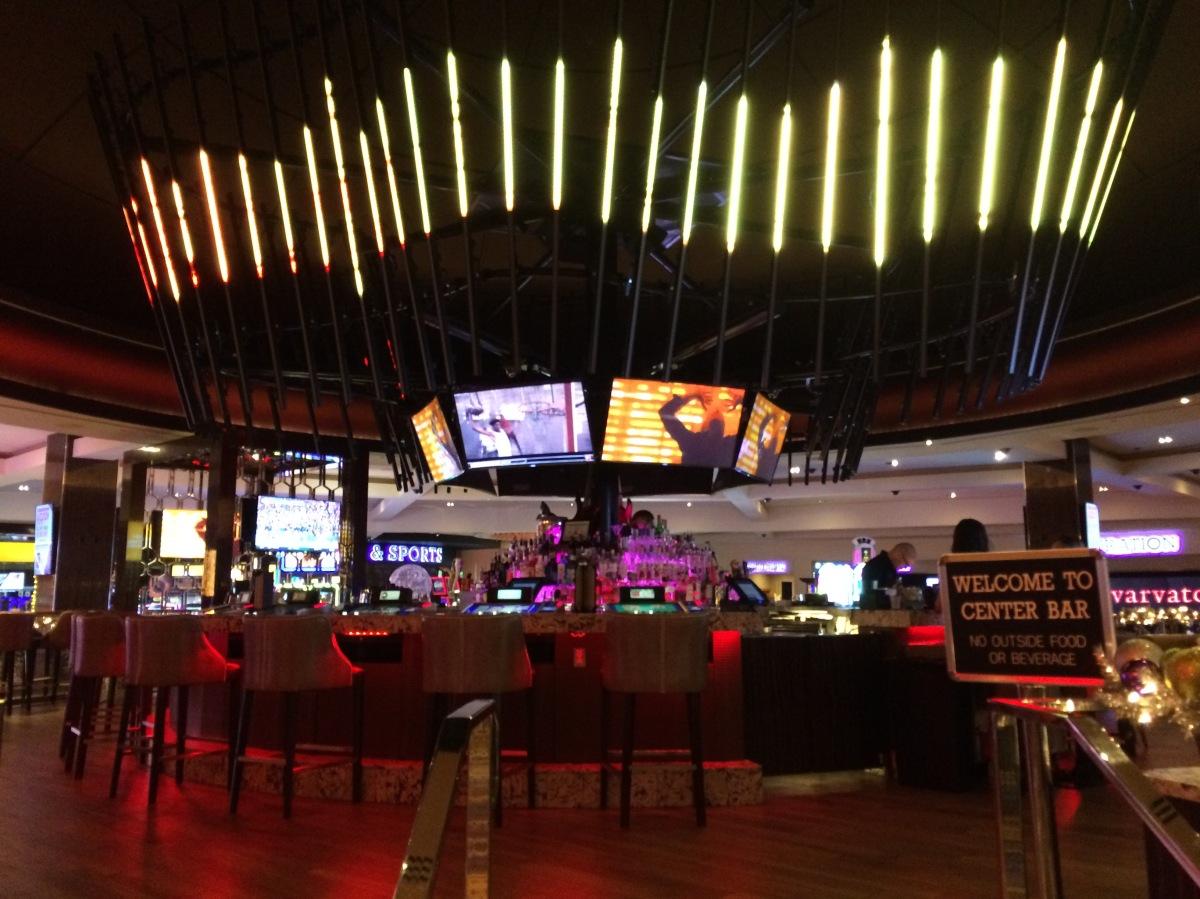Hard rock hotel and casino las vegas las vegas portfolio for Pool show vegas 2016