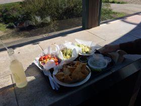 beach-house-tacos-ventura-pier-california-18